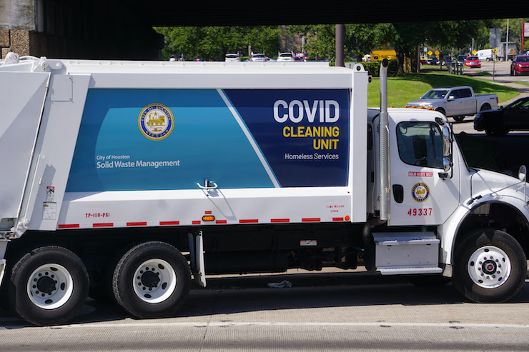 City Conducts COVID-19 Cleanup, Mayor Turner Thanks Solid Waste Management Employees for Protecting City's Health and Safety During Pandemic 3