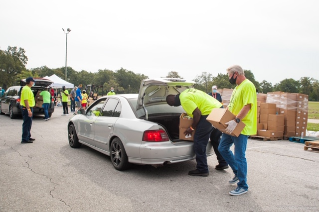 Pictures: Hobby Area District Food Distribution Event, Sept. 17 13